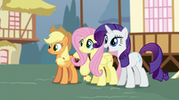 """Rarity """"what does it say?"""" S5E19"""