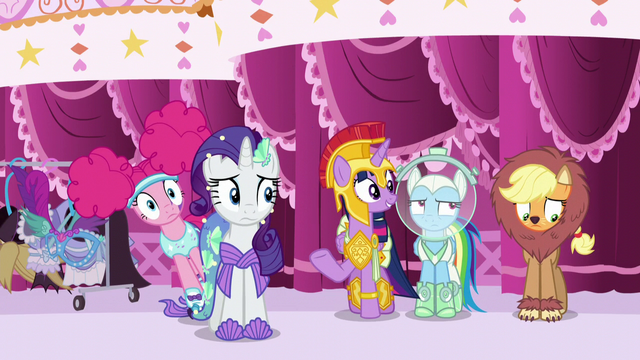 """File:Twilight Sparkle """"isn't it great?"""" S5E21.png"""