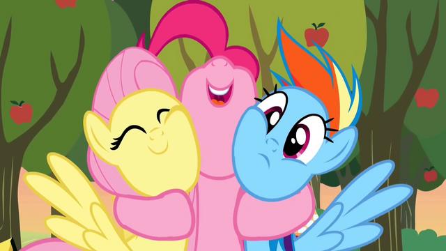 File:Pinkie Pie hug 2 S2E15.png