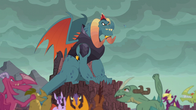 File:Torch sees the dragons cheering S6E5.png