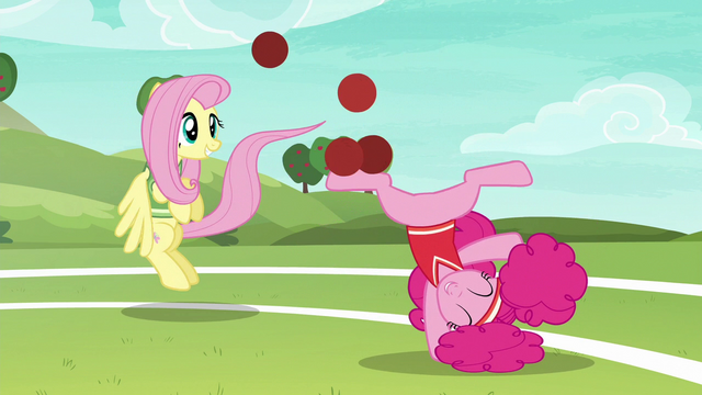File:Fluttershy and Pinkie continue to have fun S6E18.png