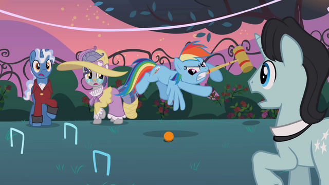 File:Rainbow Dash playing croquet S2E09.png