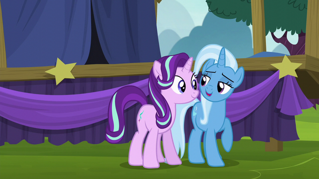"File:Trixie ""want to help me unpack my wagon?"" S6E6.png"