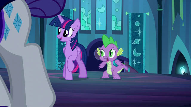 File:Twilight and Spike recognize Rarity S5E26.png