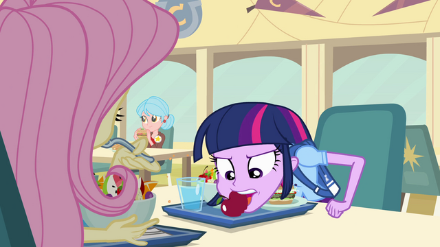 File:Twilight at lunch EG.png