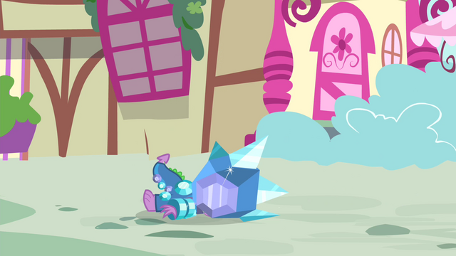 File:Spike falls over S4E23.png