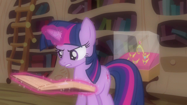 File:Twilight serious reading S3E13.png
