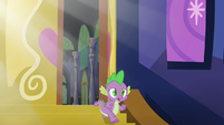 Spike walking down the stairs S5E22