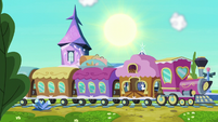 Friendship Express pulls into the station S6E1