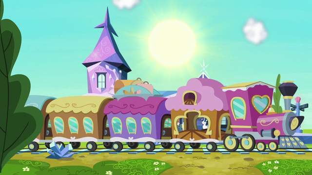 File:Friendship Express pulls into the station S6E1.png