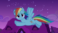 Rainbow flying while looking confused S6E15