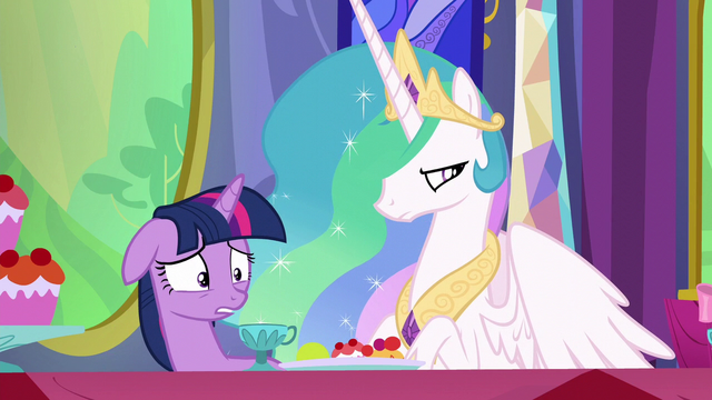 File:Twilight getting very worried S6E6.png