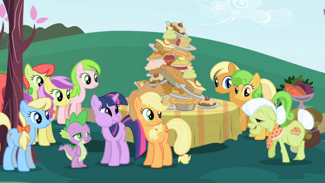 File:Applejack and her family S01E01.png