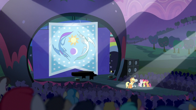 File:Applejack, Rara, and CMC on festival stage S5E24.png