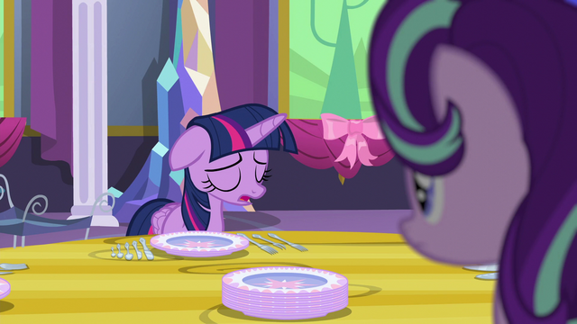 File:Twilight sighing S06E06.png