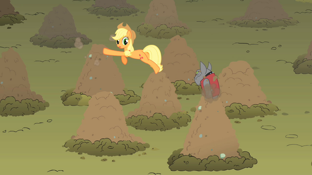 File:Applejack rover whack a dog S01E19.png