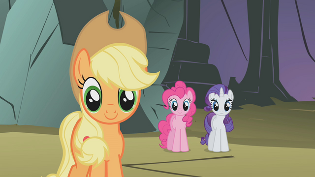 File:Fluttershy's friends being supportive S1E07.png