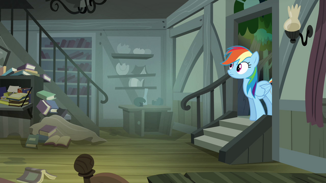File:Rainbow Dash walking into Daring's house S4E04.png
