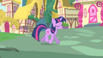 Twilight trotting through Ponyville S01E17
