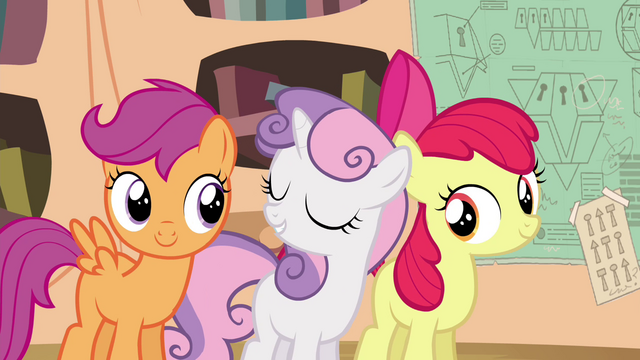File:Sweetie Belle faking modesty S4E15.png