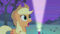 Applejack with jaw hanging S4E07