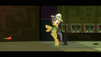Daring Do narrowly avoids spike S2E16