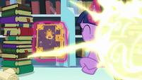 Flurry Heart's teleport flash is seen S6E2