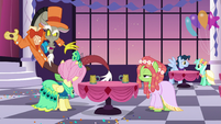 Discord floating around Fluttershy and Tree Hugger S5E7