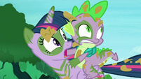 Twilight and Spike sees changelings S5E26
