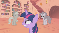 Pinkie Pie grey S02E02