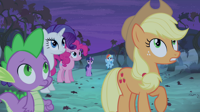 File:Applejack telling friends to look out S4E07.png