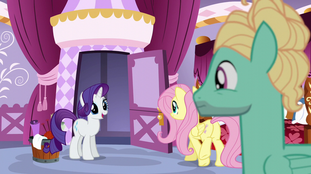File:Rarity leaving Zephyr to his task S6E11.png