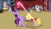 Twilight pulling Fluttershy out of box 2 S2E11