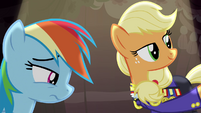 Applejack takes hat off S4E21