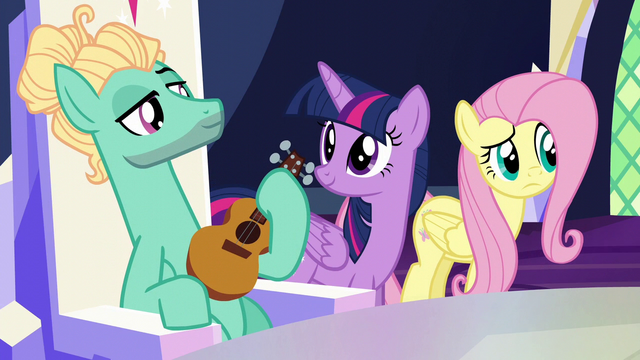 File:Fluttershy doesn't see Spike anywhere S6E11.png