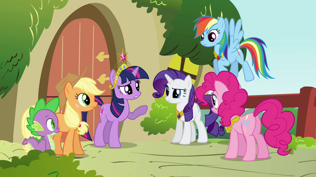File:Twilight informing the group S3E10.png
