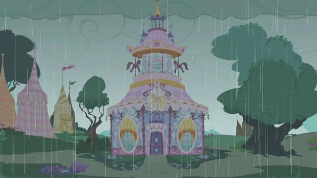 File:Carousel Boutique rainy exterior S1E03.png