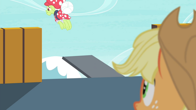 File:Applejack watches Granny Smith jump S4E20.png