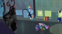The Power Ponies walking towards the shampoo factory S4E06