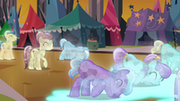 Crystal Ponies bowing their heads S3E02