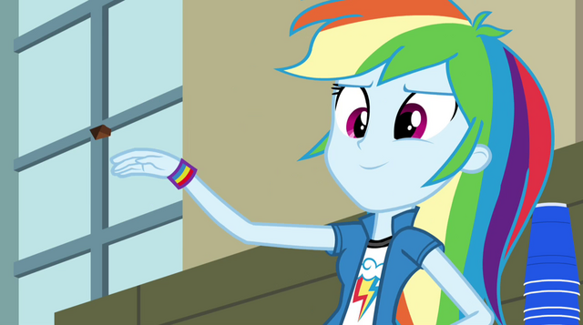 File:Rainbow throws chocolate chip at Twilight EG2.png