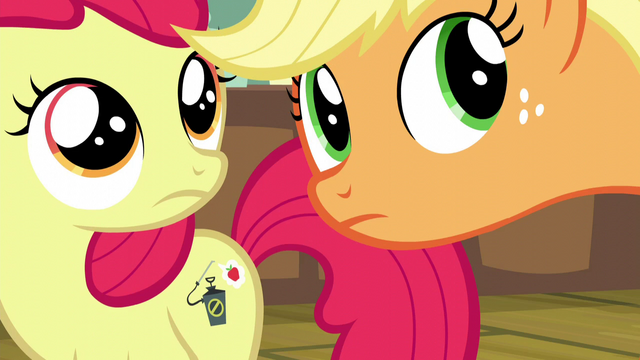 File:Apple Bloom and Applejack hears pest control pony S5E04.png
