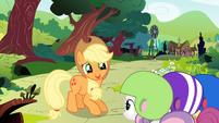 Applejack begins her story S1E23