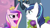 Shining Armor looking at Cadance S2E25