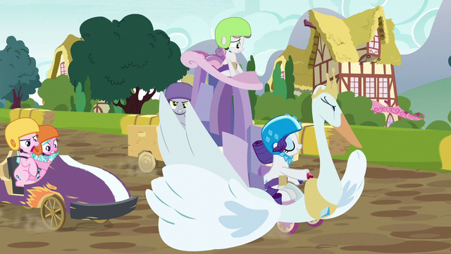 File:Rarity's cart blocks other carts from passing S6E14.png