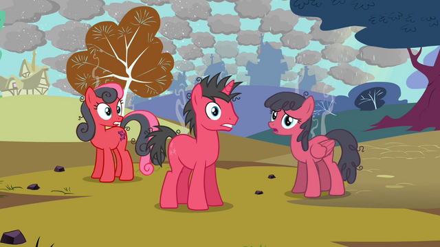 File:Sunburned ponies S03E13.png
