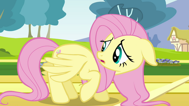 File:Fluttershy check her wings S2E22.png