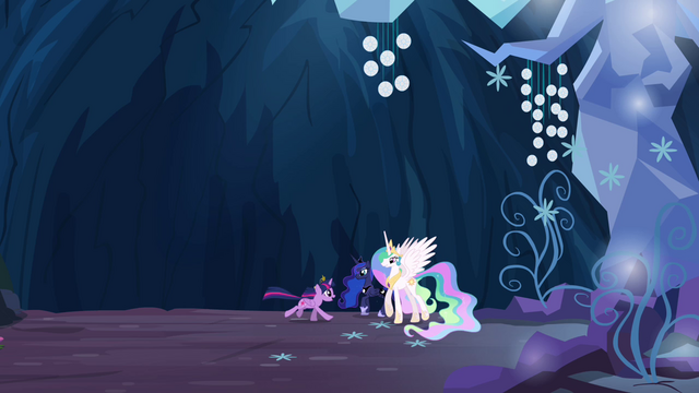 File:Twilight gallops to Celestia and Luna S4E02.png