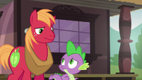 Spike and Big Mac look at each other confused S6E17