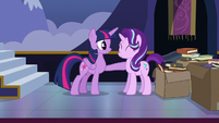 Twilight proud to call Starlight her student and friend S6E25